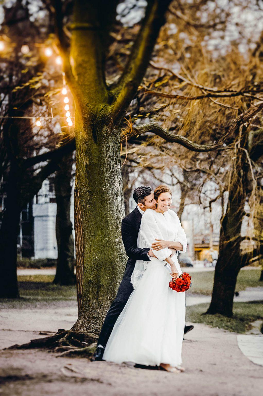 Hochzeitsportrait an der Alster im Winter