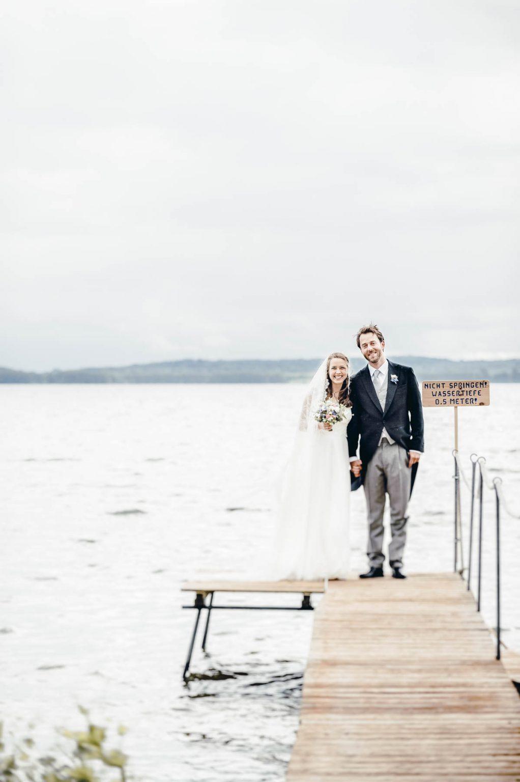 Hochzeitsportrait am See